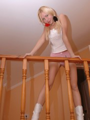 Anne Takes Off Her Tight Pink Panties - Picture 4